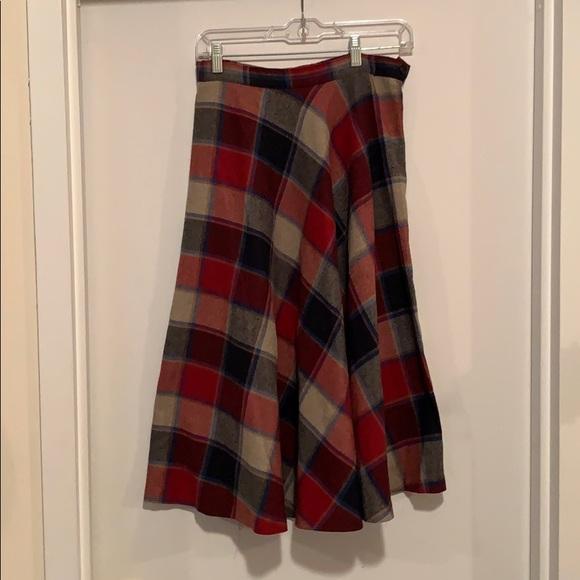 Dresses & Skirts - Beautiful vintage wool a line plaid skirt